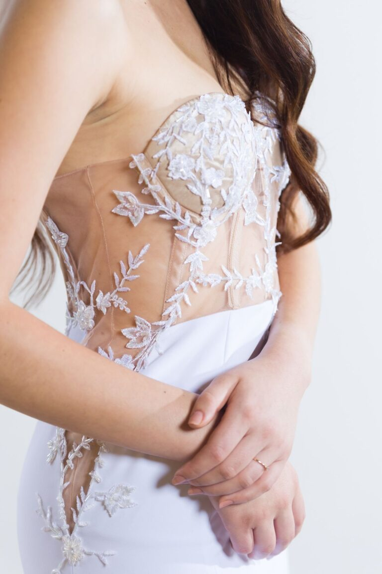 Amoné Bester Wedding Dress|Couture South Africa|Couture Wedding Gown|White Wedding Dress South Africa|Illusion Lace Wedding Dress